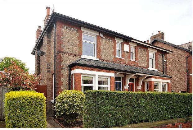 4 Bedrooms Semi Detached House for sale in Whitefield Road, STOCKTON HEATH, Warrington, WA4